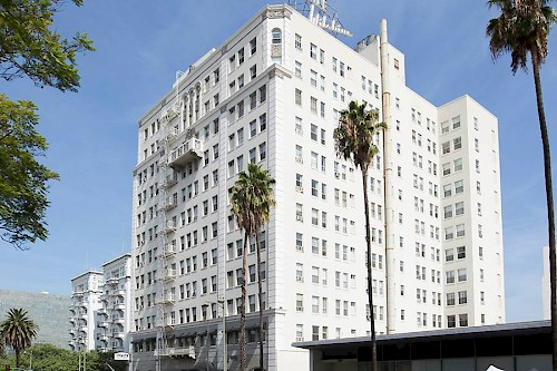 IPA Facilitates $32.5 Million Multifamily Sale of Historic Wilshire Royale in Los Angeles' Westlake District